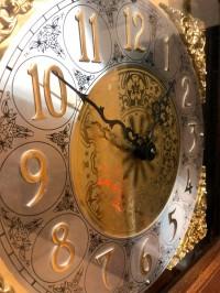 купить часы Hermle 0271-30-233