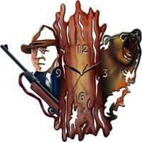 """Часы настенные Tiarella """"Охотник и медведь"""""""